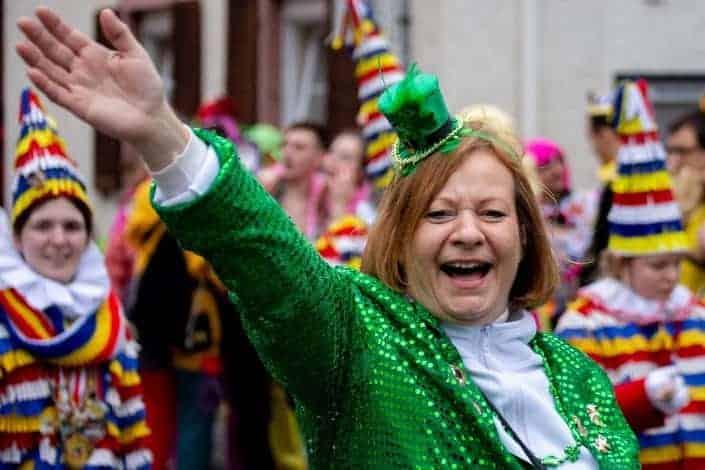 knock knock jokes - Knock, knock! Who's there_ Irish Irish who_ Irish you a Merry Christmas!